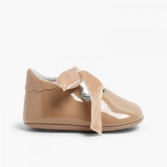 Chaussures Babies Vernis Nœud Velours  Taupe