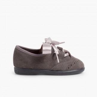 541e434d1c1 Chaussures anglaises enfants en suède Gris
