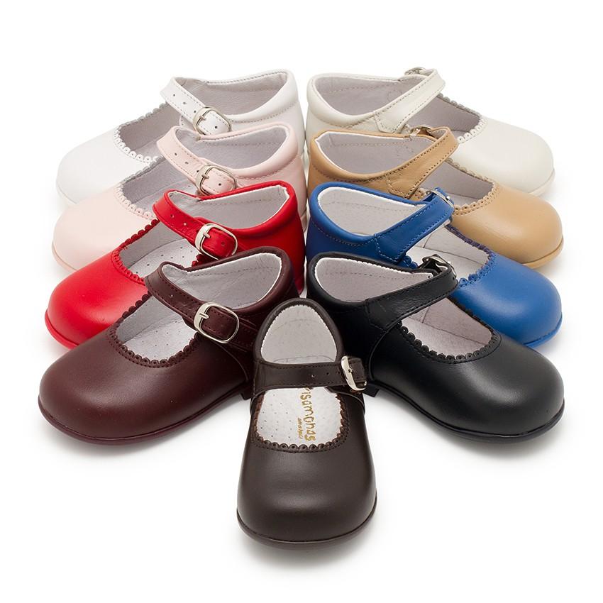 Chaussures babies à boucle en cuir