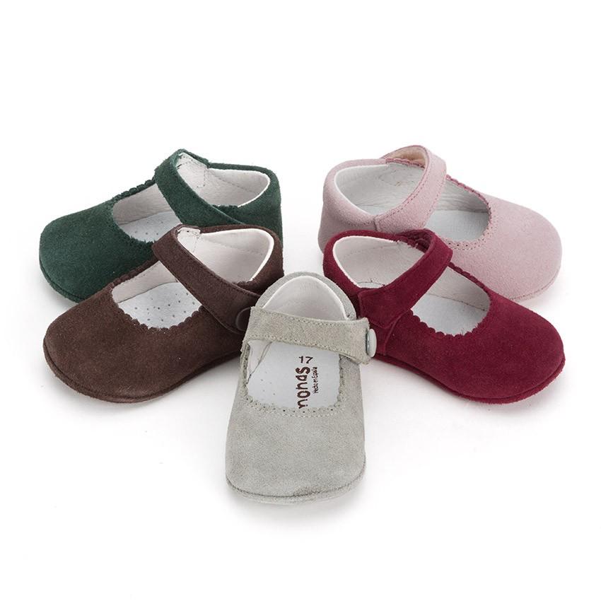 Chaussures en suède avec fermetures velcro pour bébés