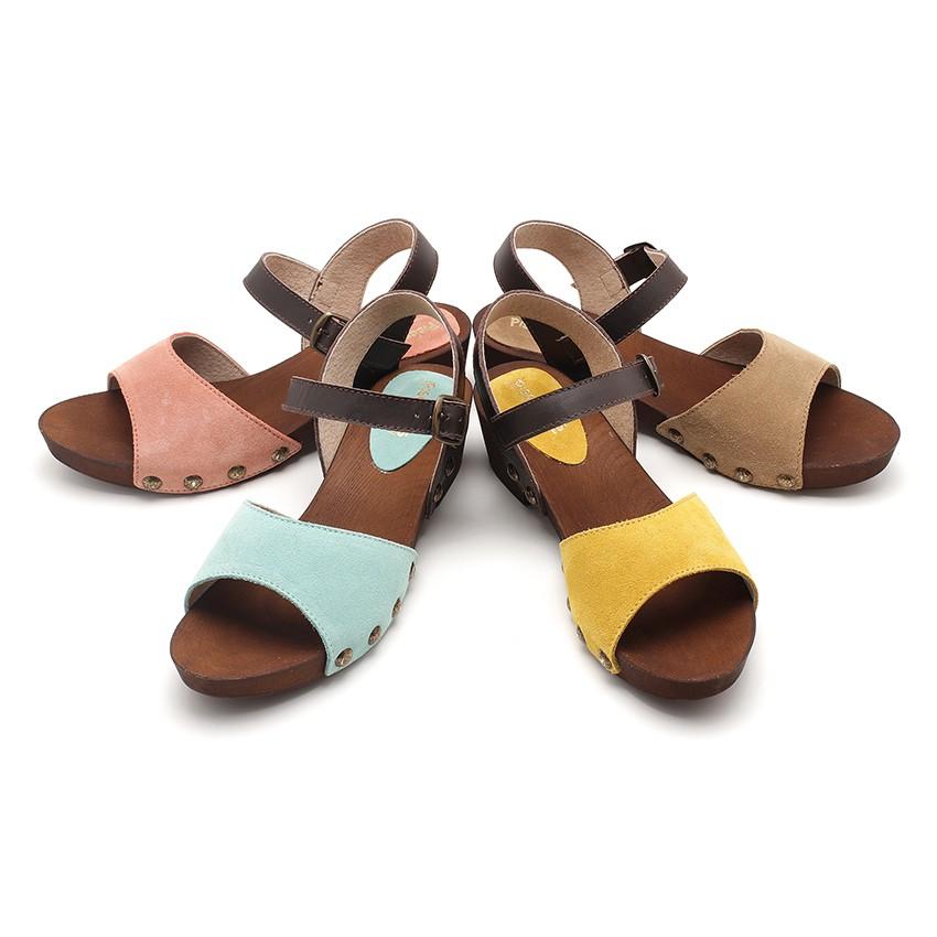 Sandales en Suède Avec Semelle Façon Bois